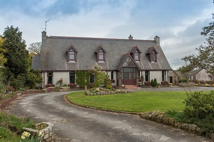 730 Saintfield Road, Carryduff, BT8 8BY