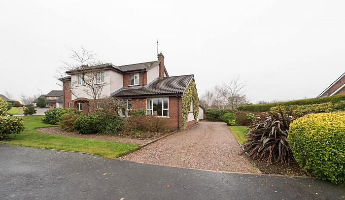 25 Rowallane Manor, Saintfield, BT24 7PE