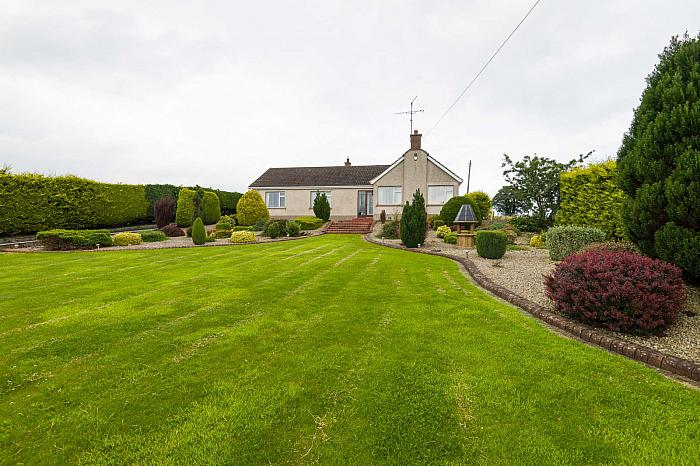 33 Craigy Road, Saintfield, BT24 7BZ