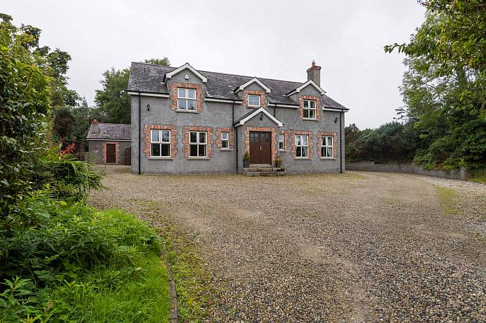 40 Rocks Chapel Road, Crossgar, BT30 9BA