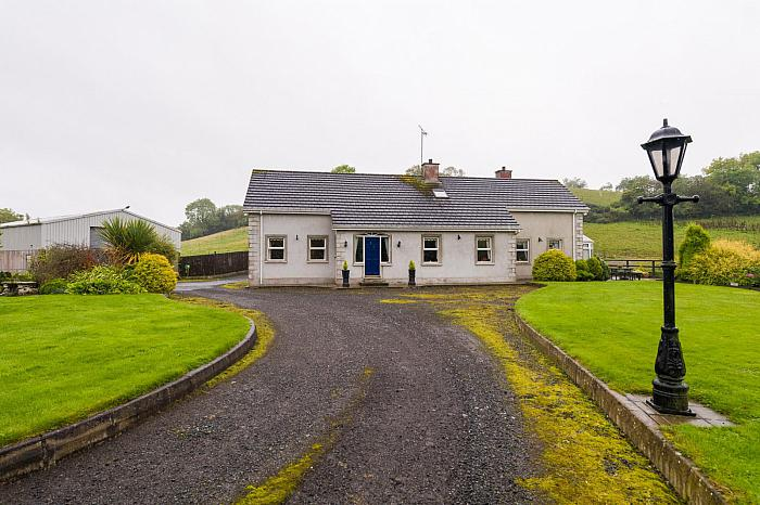 56 Ballykine Road, Ballynahinch, BT24 8JE