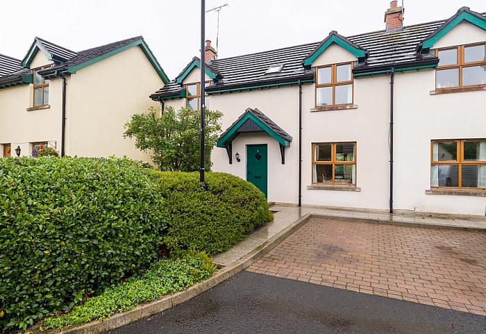 5 Grand Jury Court, Saintfield, BT24 7LD