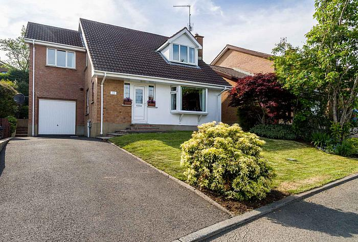 16 Grange View, Saintfield, BT24 7NQ
