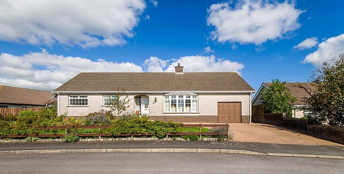 20 Rockmount Close, Saintfield, BT24 7AW