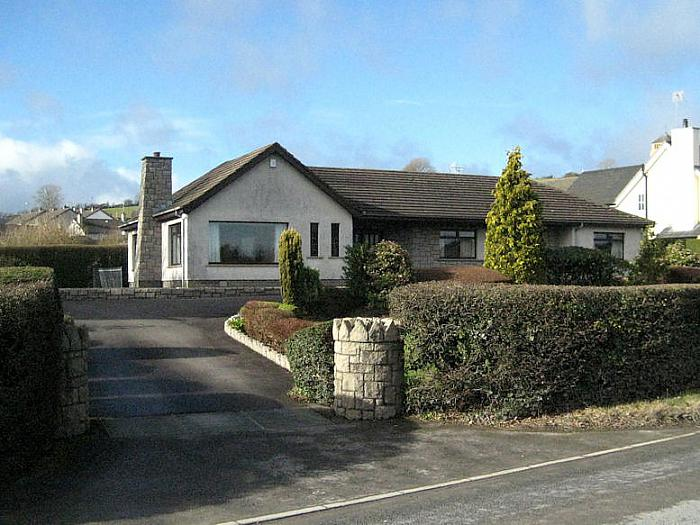 47 Crossgar Road, Saintfield, BT24 7JE