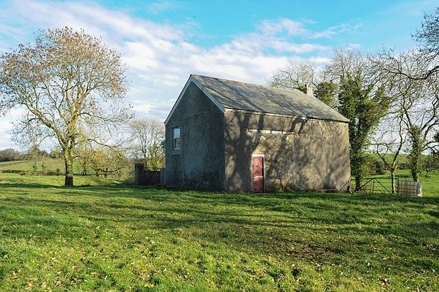 Barn Conversion 140m SE Of 24 Lisdoonan Road