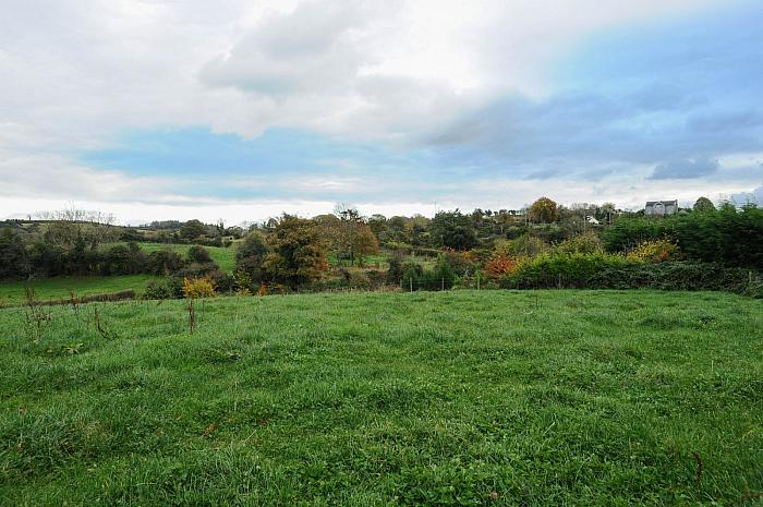 Building Site & Lands At 17a Hillside Road, Ballynahinch