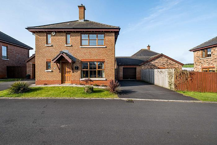 17 Alder Grange, Darrah Cross, BT24 7GB