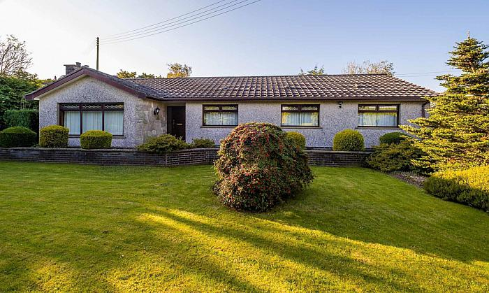 4 Cadger Road, Carryduff, BT8 8AU