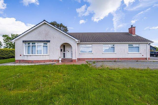 40 Carrickmannon Road