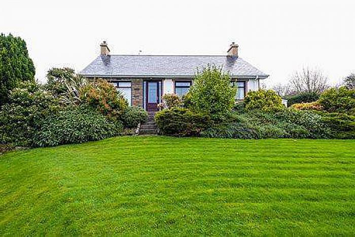 78 Crossgar Road, Ballynahinch